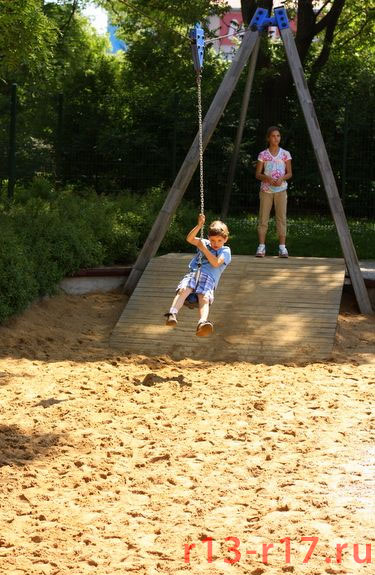 Возможно так же использовать 3 точки и площадку для изготовления опорной базы ЗипЛайна - Канатной дороги для детей
